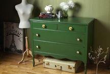 Dresser / by Sarah McGreal