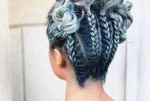 Colorful Hairs / If you've ever dreamed of dying your hair a crazy bright color, let these ideas be the push you need to get that colorful spring.
