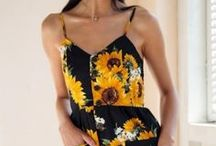Summer Fashion / Cute summer outfit, floral print dresses and swimsuits ideas to spice up those beach days and amp up those hot, hot nights.