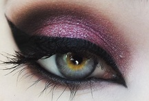 Make up Ideas / by Lisa McCarty