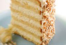 FOOD | Bake a Cake / by Brinda Howard