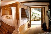 Ski chalet bedrooom / Mountain chalet bedroom and beds