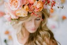 Flower crowns | Inspiration / Flower crowns and floral hair ideas for brides