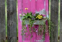 Oodles of Outdoor Ideas ~ gardening, gates, gazebos, lighting + more!! / Gardening, Gates, Gazebos, Outdoor Rooms, Lighting, Floral Arrangements, Wreaths, Games and more!