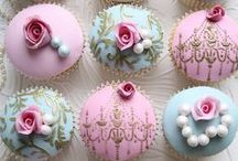Decorated Cakes and Cupcakes