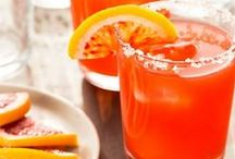Beverages {Adult & Kid Friendly} / Alcoholic and non-alcolholic drinks and beverages that are both fun and refreshing.