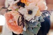 Peach and Navy Wedding Flowers / Peach and Navy Wedding Flowers
