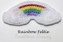 Feltie Madness / Felties are perfect to complete your bow, hair clips, tic tac toe, cupcake toppers, scrapbooking accessories, card making, and so much more!