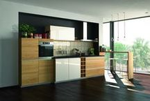 Moderní kuchyně / Inspirujte se kuchyněmi a kuchyňskými linkami v moderním stylu, který je velmi oblíbený.