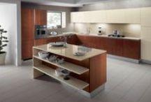 Kuchyňské linky s ostrůvky / Kuchyňské ostrůvky jsou velmi oblíbené a žádané. Díky nim získáte komfort pro práci a vaření