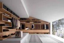 Úložné systémy v ložnici / Ložnice je dobré místo pro umístění skříní a v poslední době se hojně využívají skříně vestavěné. Podívejte se na možnosti českých výrobců a také na možnosti značkového nábytku a vybavení.
