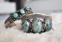 Prettiness  / Jewelry, tattoos, and nails #fancyshmancy / by Anna Pretlove