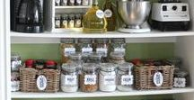Pantry Design / Ingenious ideas and looks to love for an organized pantry.