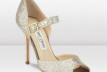 Shoes / Fan de chaussures... à talons... hauts...