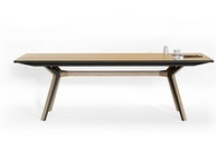 Table and desk / by Daniel Romero
