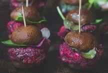 Recipe Book: Vegetarian-Friendly / by Jennifer Medina