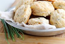 Bread, biscuits and rolls / by Michelle Fedele