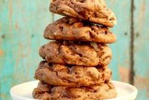 Dessert Recipes / Satisfy that sweet tooth with these delicious Dessert Recipes!