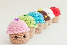 Free toy patterns / Free patterns to make the cutest crochet amigurumi toys.