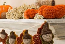 Autumn crochet / Crochet projects inspired by Autumn days - think cosy hats, scarves and blankets. Animals too- deer, hedgehogs, foxes and squirrels.