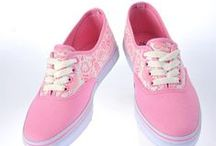 lady sneaker / popular boots ,  plus size women shoes, peep toes shoes, slippers shoes, new wedges, casual flip flops, fashion flats shoes, lady sneaker, fashion platform shoes, lady pumps, fashion sandals, fashion messenger bag, fashion shoulder bag, popular handbags / by Lovelyshoes.net