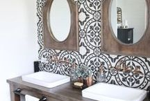 Bathroom Design Ideas / Pretty ideas for bathroom decorating ideas and powder rooms!  Bathroom, Powder room, master bathroom, kids bathroom, guest bathroom, interior design, interior decor, interior styling, Tile style, Home Renovation, modern home, White Decor, Luxury home, Luxury bathroom, Dream bathroom