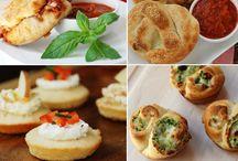 Meal Ideas  / Breakfast, lunch, dinner, appetizers, vegetarian, savory / by Joely Vargas