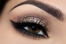 Eyes / by Patricia Fernandez De Castro
