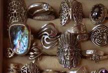 Jewelry  / by Patricia Fernandez De Castro