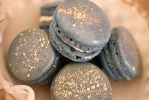 Delicious Desserts / by Lexie SoloRio