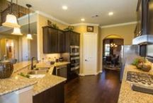 Lennar Houston Kitchens / Featured kitchens from some of our Houston Welcome Home Centers. Picture yourself whipping-up a fabulous-smelling meal in one of these gorgeous gourmet kitchens.