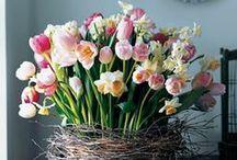 Kreative Blumenvasen - Valentins Fundgrube / Entdecke neue Möglichkeiten deine Blumen kreativ zu präsentieren.