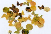 Montessori Fall Activities / Art, decorations, costumes, Montessori jobs & curriculum for fall, harvest and Halloween.