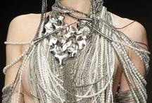 · T O R S O · / #jewelry #jewellery #designer #mexicandesigner #jewelrydesigner #silver #jewelrydesign #jewelrytrend #trend #fashiontrend #brooch #necklace #pendant #bodyjewelry