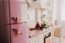 Pink Kitchen / Someday I will have a pink kitchen.  <3