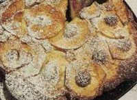 Torta di Mele / https://it.pinterest.com/pizzicodipepe/  C'era una volta la torta di mele La torta di mele è uno di quei dolci che mi ricorda l'infanzia e la mia nonna. Ve la propongo come fosse una coccola in queste giornate autunnali, spesso umide e piovose; il suo aroma fragrante avvolgerà tutta la famiglia come in un caldo abbraccio.