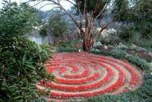 Labyrinth / journey to the center