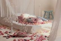 Romantic Bedrooms and bathrooms / Can only be white