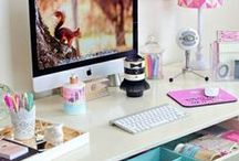 Dreamy Workspaces / Workspace | Work at Home | Home Office | Modern Desk | Desk Goals | Desk Ideas | Home Office Ideas | Entrepreneur | Small Business Desk | Goal Workspace | Desk Inspiration | Home Office Inspiration | Dream Desk | Dream Home Office