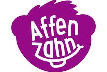 Affenzahn / Affenzahn es una marca de Fond of Bags y sus productos son preciosas mochilas con forma de animales para niños grandes y pequeños: leones, tigres, delfines, ovejas, pandas, elefantes…