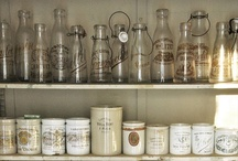 CM loves: open shelves / Coulson Macleod loves an open shelf; a bugger to dust though