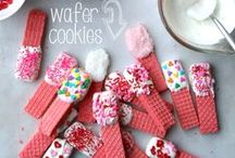 Valentine's Day Recipes / Find a yummy Valentine's treat to make from Valentine's desserts for your significant other to kid-friendly Valentine snacks and goodies.