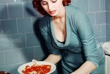 <<>> No 3. EAT, DRINK and COOK / by G G