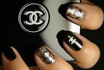 nail art / by Rachel Setiawan