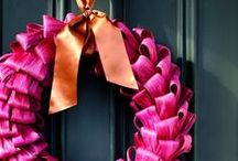 Decorate that Door! / Door Decor Ideas for the Holidays