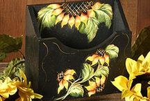 Arts & Crafts: Decorative Painting / by Cynthia Stenquist