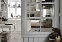 Upcycle Doors ✄ Windows / ♥ Reduse Reuse Recycle!