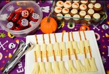 Halloween/Fall class parent party snack ideas / preschool parent party during October - parents come back 30 minutes before the end of class and enjoy a potluck snack with their child.