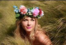 Flower crown / Flower crown - MELINA (Aucanville) - taille : 1m72 - taille vêtements : 38 - couleur des yeux : vert  Edgar Delaiste, Toulouse