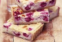 Tantalising traybakes to tickle your tastebuds / Traybakes can be the easiest kind of bakes, but they can by sensational. Tuck in! #traybakes #easybakes